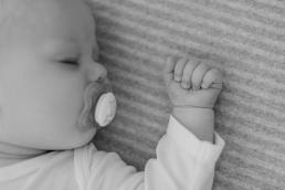 Fotoshooting Homestory mit Baby im eigenen Zuhause