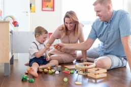 Familienfotos Zuhause bei Homestory Fotoshooting