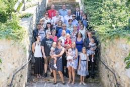 Gruppenfoto bei Taufe in Kirche Fotoreportage Weiz